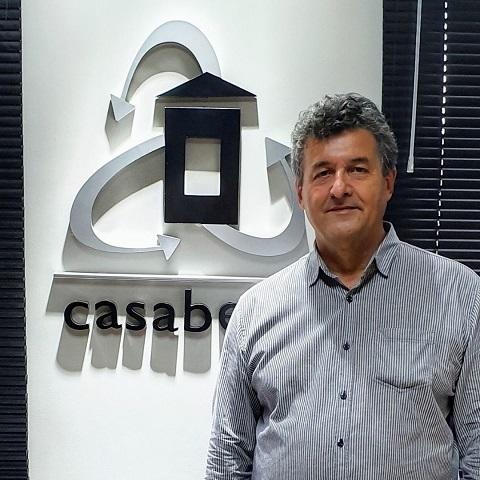 Carlos Ayrton